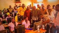 File:Diaporama salles informatiques Togo YovoTogo JUMPLabOrione Emmabuntus 2018.webm