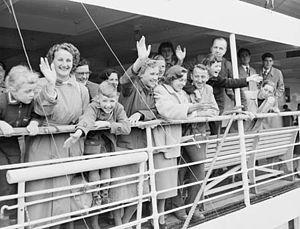 Immigration history of Australia - In 1954 the 50,000th Dutch migrant arrived; Maria Scholte is to the right of the picture