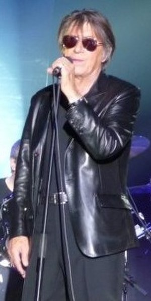 Jacques Dutronc - Dutronc singing in Lorient, France in January 2010