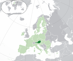 Location of  Austria  (dark green)– on the European continent  (green & dark grey)– in the European Union  (green)  —  [Legend]