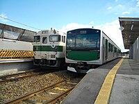 EV-E301 and Kiha40 Ogane.jpg