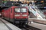 E 112 156-5 mit Regionalzug in Lübeck Hbf.jpg
