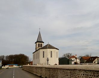 Lasclaveries - The church of Lasclaveries