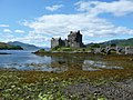 Eilean Donan Castle (yet another photo^) - geograph.org.uk - 1616293.jpg