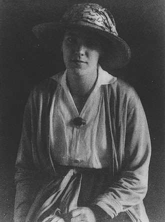 Eileen Power - Eileen Power portrait taken in 1922.