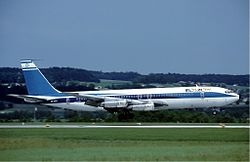 El Al 707 at Zurich 1982.jpg