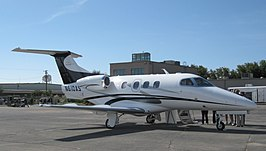 Embraer Phenom 100 (N610AS).jpg