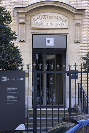 Musée Curie - Entrance to the  Musée Curie