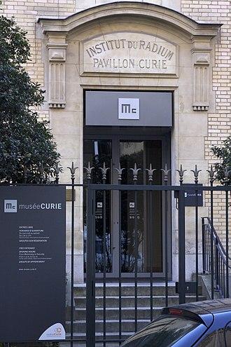 Musée Curie - Entrance to the  Musée Curie