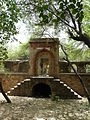 Entrance to Tomb of Khan Shahid, Mehrauli.jpg