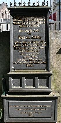 Ernst von schiller grabstein alter friedhof bonn 20080509.jpg