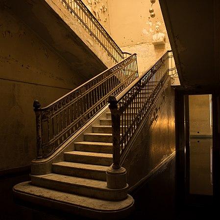 Escada em Hospital Umberto I.jpg