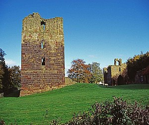 Etal Castle - Residential tower (left), showing the lighter sandstone used in the upper levels, and the gatehouse (right)