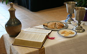 English: Communion setting at an Evangelical L...