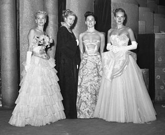 Evening gown - Evening gowns shown at a Los Angeles fashion show, 1947