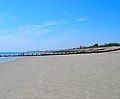 Felpham Beach - geograph.org.uk - 195042.jpg