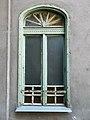 Ferenc tér 12, íves ablak, 2018 Ferencváros.jpg