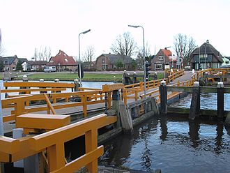 Vlotbrug - Image: Floating Bridge Koedijk