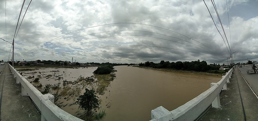 Flooding of Pampanga River floodplain after Typhoon Quinta, 2020 (view from Santa Rosa, Nueva Ecija bridge).