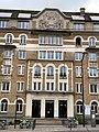 Fondation États Unis Paris 2.jpg