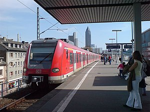 S4 (Rhine-Main S-Bahn) - S4 at Frankfurt West station, bound for Kronberg
