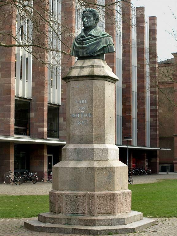 Freiburg Rotteckdenkmal