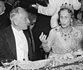 Frits Zernike with queen 1953.jpg