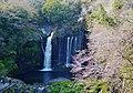 Fujinomiya Shiraito-Wasserfall 17.jpg