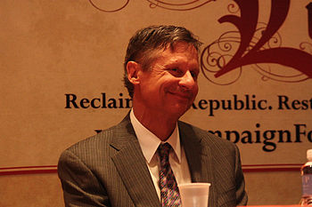 Former Governor of New Mexico Gary Johnson wai...