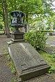 Graf met de Urn, Den Haag.jpg