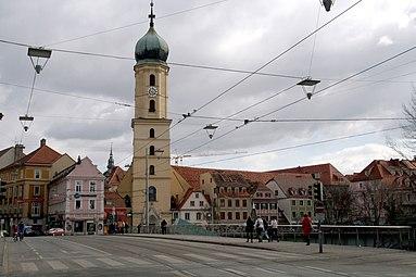 Graz Hauptbrücke Franziskanerkirche 2012.jpg
