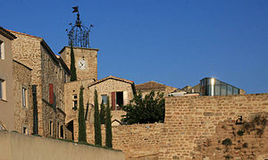 Grillon - The clock tower in the village of Grillon
