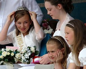 Club Day - Image: Grimsargh Field Day Rose Queen Crowning
