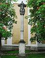 GuentherZ 2011-05-01 0058 Maissau Kirchenplatz Dreifaltigkeitssaeule.jpg