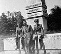 Győr, Kálóczy tér, 11-es győri vadászzászlóalj emlékműve (Weichinger Károly építész, Réthy Gyula kőfaragó, 1937). Fortepan 32040.jpg