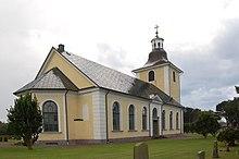 Högby Kirche Ostseite.JPG