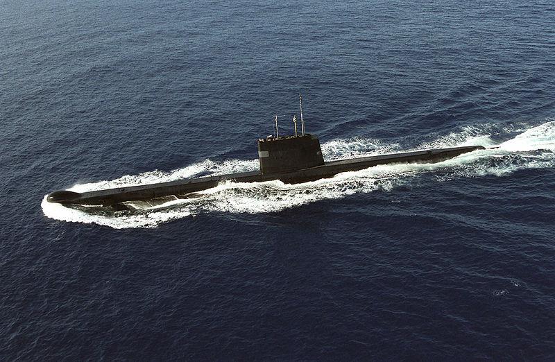 LES SOUS MARINS D'ATTAQUE CLASSE COLLINS 800px-HMAS_ONSLOW
