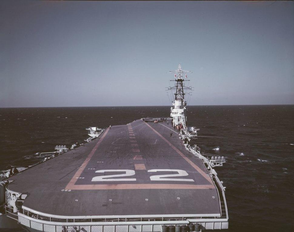 HMCS Bonaventure MIKAN 4821374