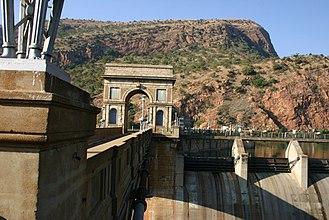 Hartbeespoort - Image: Hartbeespoort Dam 00
