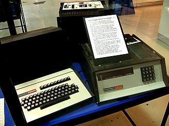 Heathkit H8 - Heathkit H8 (right) and H9 video terminal (left)