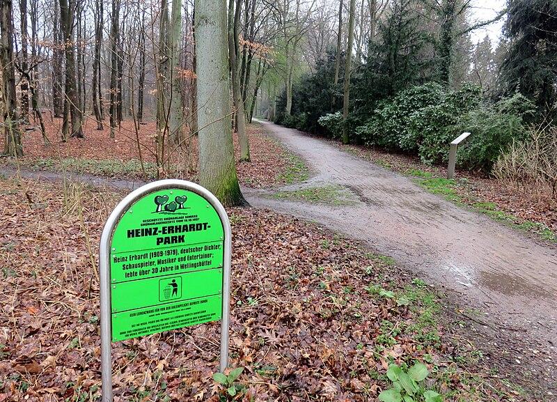 Datei Heinz Erhardt Park Hamburg Wellingsb Ttel1 Jpg