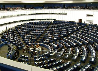 Hemicycle - The European Parliament in 2006, began operating in a hemicycle from its foundation in 1958, based on European traditions