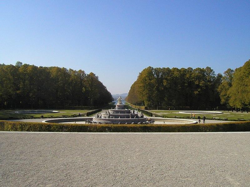 Datei:Herrenchiemsee Park 1.jpg