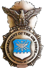 Insignia histórica de la policía aérea de la USAF.png