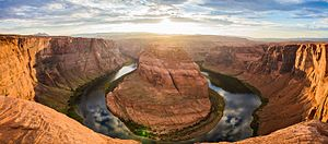 Horseshoe Bend (Arizona) - Horseshoe bend seen from the lookout area (2015)