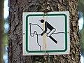 Hostivařský háj, značka jezdecké stezky.jpg