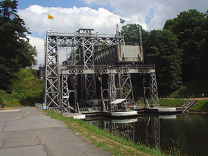 La Louvière - Boat lift on the old Canal du Centre