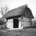 Hram z letnico 1808 in hišnim znamenjem, Spodnji Lakenc - zaselek Skurševec 1951.jpg