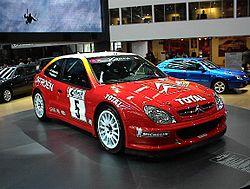IAA 2001 167 - Flickr - Axel Schwenke.jpg