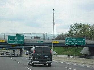 Interstate 96 - Express-local lanes along the westbound Jeffries Freeway approaching M-39 (Southfield Freeway) in Detroit
